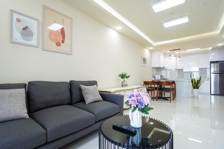 Phòng khách Saigon South Residence  Căn hộ Saigon South Residence tầng cao, đầy đủ nội thất.