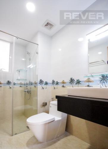 Phòng Tắm Bán hoặc cho thuê căn hộ Sunrise CityView 3PN, đầy đủ nội thất, view hồ bơi thoáng mát