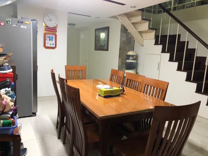 Bán căn hộ Sky Garden, phường Tân Phong, quận 7, diện tích 131.15m2 -  3 phòng ngủ, nội thất cơ bản.