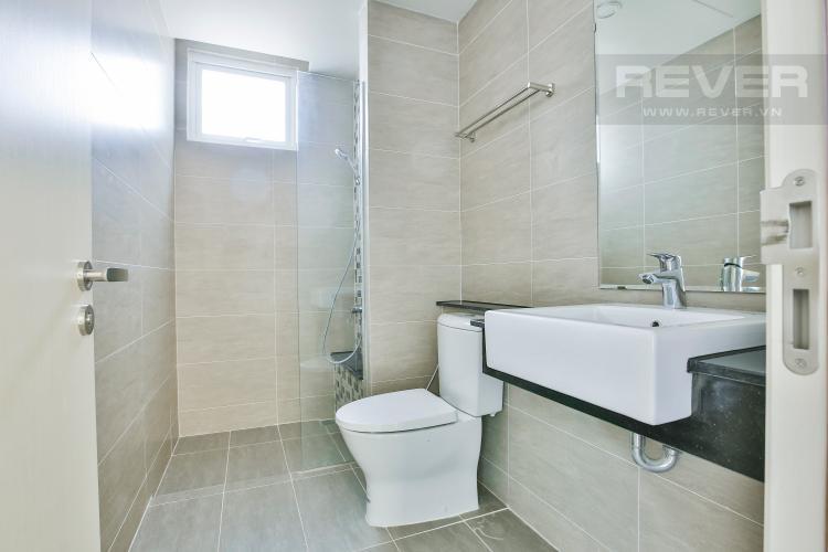 Toilet Căn hộ Vista Verde 2 phòng ngủ tầng thấp T1 nhà trống