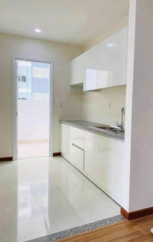 Phòng bếp Diamond Riverside, Quận 8 Căn hộ Diamond Riverside tầng trung, bàn giao nội thất cơ bản.