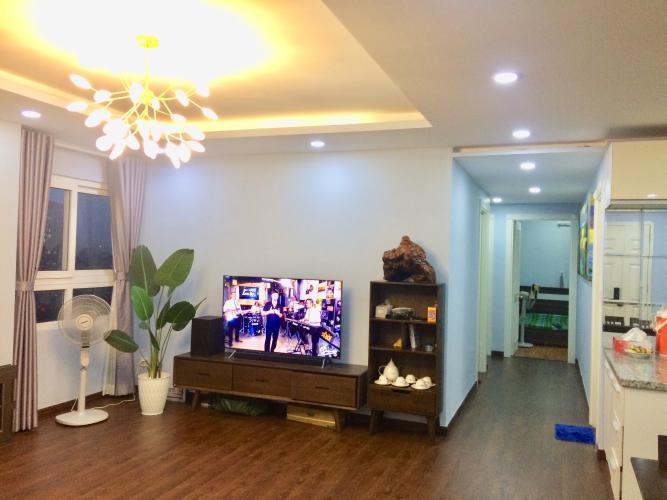 Phòng khách chung cư Phúc Yên, Tân Bình Căn hộ chung cư Phúc Yên hướng Đông Nam, đầy đủ nội thất.