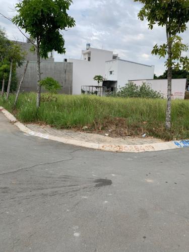 Bán đất nền phường Long Trường, sổ hồng đầy đủ, diện tích đất 105.6m2.