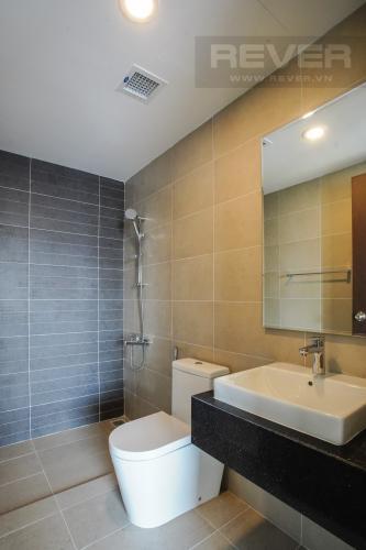 Phòng Tắm 1 Bán căn hộ Sunrise Riverside 2PN, tầng trung, view sông và hướng Đông đón gió