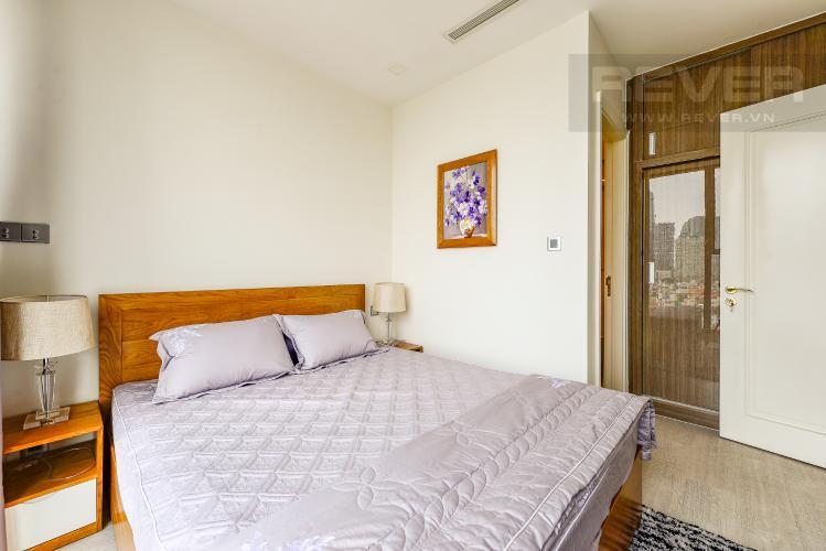 Phòng ngủ 1 Officetel Vinhomes Golden River 2 phòng ngủ tầng trung A3 view sông