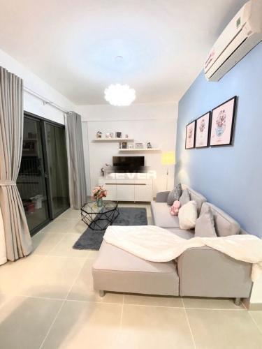 Căn hộ Masteri Thảo Điền đầy đủ nội thất, view nội khu hồ bơi.
