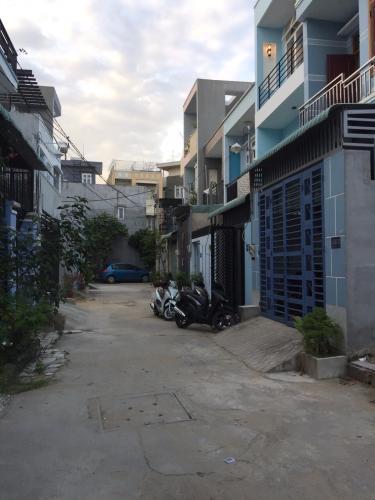 Nhà phố đường Gò Cát, Phú Hữu Nhà phố mặt tiền đường Gò Cát diện tích 4m x12.5m, sổ đỏ chính chủ