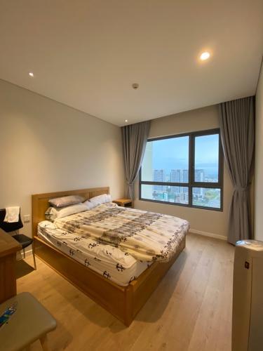 Phòng ngủ Diamond Island Quận 2  Căn hộ Đảo Kim Cương tầng trung, view thành phố.