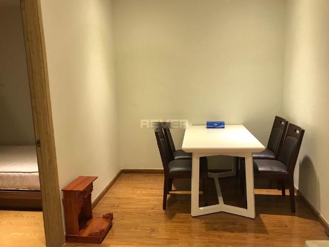 Phòng ăn I-Home 1, Gò Vấp Căn hộ I-Home 1 tầng thấp, cửa chính hướng Tây Bắc