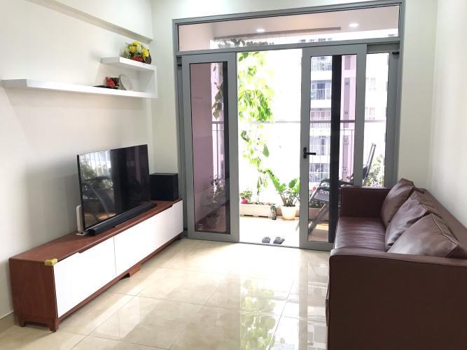Phòng khách Lux Garden Quận 7 Căn hộ Lux Garden tầng trung, view nội khu hồ bơi.