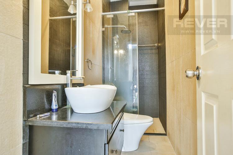 Toilet 2 Villa 2 mặt tiền đường 3 Làng Báo Chí, Thảo Điền thiết kế sang trọng, tiện nghi