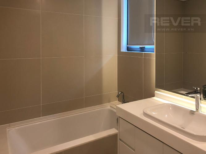 Phòng Tắm 2 Bán căn hộ Gateway Thảo Điền 4PN, tầng trung, đầy đủ nội thất, view Xa lộ Hà Nội và Landmark 81
