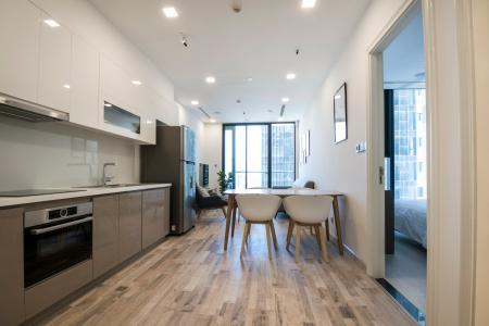 Officetel Vinhomes Golden River 1 phòng ngủ tầng trung A2 view sông