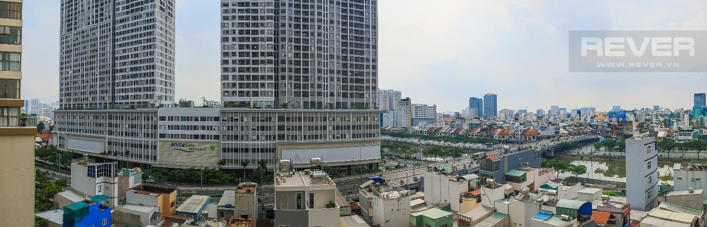 View Cho thuê căn hộ Masteri Millennium tầng trung, 2PN, có ban công