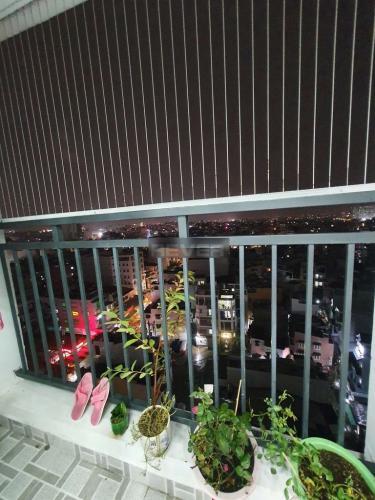 Ban công căn hộ Tecco Central Home, Bình Thạnh Căn hộ Tecco Central Home đầy đủ nội thất, view thành phố cực đẹp.