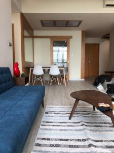 Cho thuê căn hộ The Vista An Phú 3PN, tháp T3, diện tích 142m2, đầy đủ nội thất, full sàn gỗ