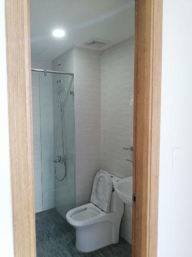 Nhà vệ sinh Bcons Suối Tiên Căn hộ Bcons Suối Tiên tầng thấp, đầy đủ nội thất tiện nghi.