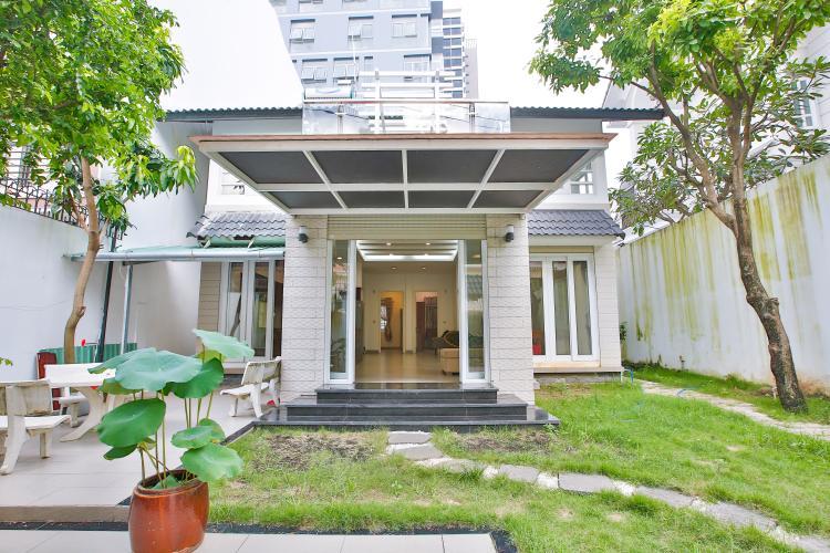 Mặt Tiền Cho thuê biệt thự khu Thảo Điền 2 tầng, 4PN, đầy đủ nội thất