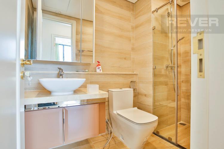 Toilet 2 Căn hộ Vinhomes Golden River 2 phòng ngủ tầng thấp A3 hướng Tây Nam