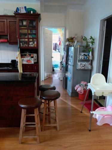 Căn hộ chung cư Hado tầng 2 cửa hướng Nam, đầy đủ nội thất.