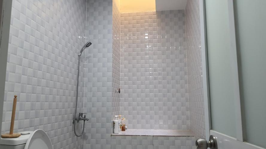 Phòng tắm nhà phố Quận 12 Biệt thự mặt tiền Quận 12 nội thất cao cấp hiện đại, hướng Đông Nam.
