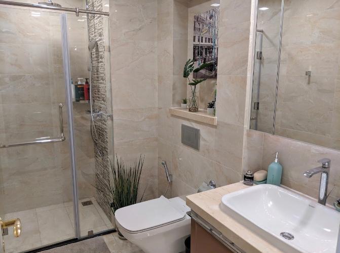 Toilet Căn hộ VINHOMES GOLDEN RIVER Bán căn hộ Vinhomes Golden River 1 phòng ngủ, tầng cao view đẹp, diện tích 49.5m2