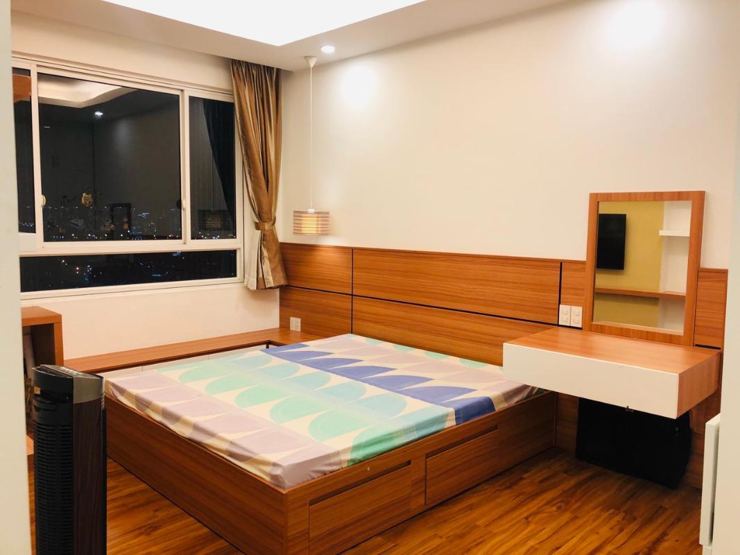bedroom2 Bán hoặc cho thuê căn hộ Tropic Garden 2PN, tầng 22, tháp C2, đầy đủ nội thất, hướng Tây Bắc