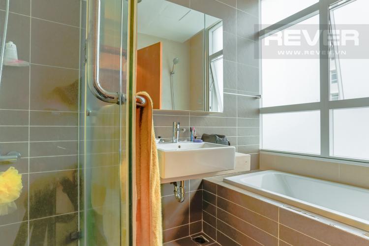 Phòng Tắm 1 Căn hộ Sunrise City tầng trung V2 thiết kế 2 phòng ngủ hiện đại