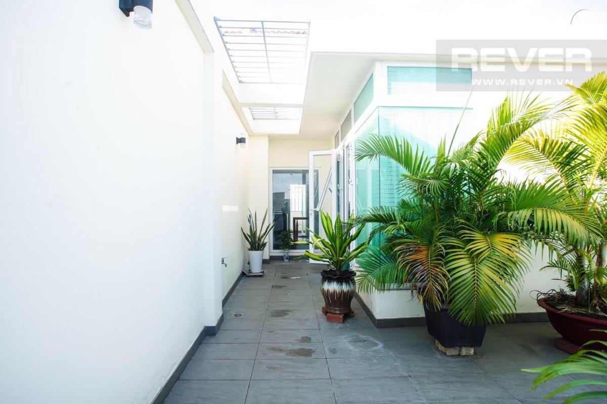 3 Bán nhà phố 3 tầng Jamona Golden Silk Quận 7, diện tích đất 108m2, đầy đủ nội thất, cách Quận 4 khoảng 1km
