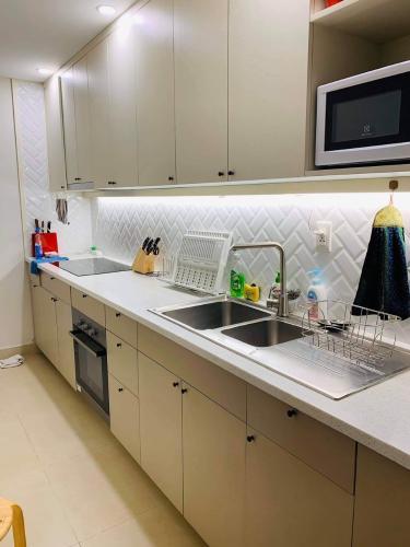 Phòng bếp Masteri Thảo Điền Quận 2 Căn hộ Masteri Thảo Điền tầng cao, view sông và biệt thự.