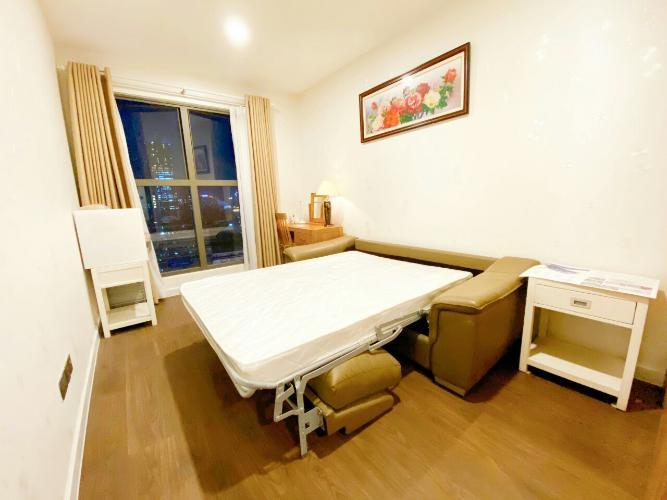 Phòng ngủ căn hộ Saigon Royal Căn hộ Saigon Royal nội thất đầy đủ, view sông Sài Gòn.