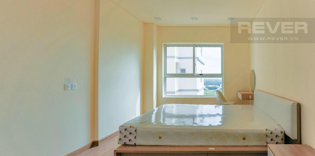 Phòng ngủ căn hộ DRAGON HILL 2 Bán hoặc cho thuê căn hộ 2 phòng ngủ Dragon Hill 2, diện tích 75m2, đầy đủ nội thất, hướng ban công Tây Nam
