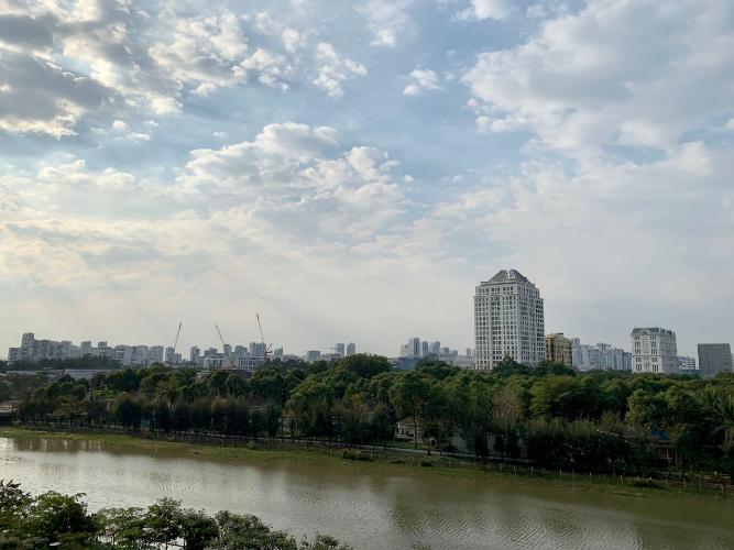 View phòng Khách căn hộ PHÚ MỸ HƯNG MIDTOWN Cho thuê căn hộ Phú Mỹ Hưng Midtown 3PN, diện tích 135m2, đầy đủ nội thất, view sông thoáng mát