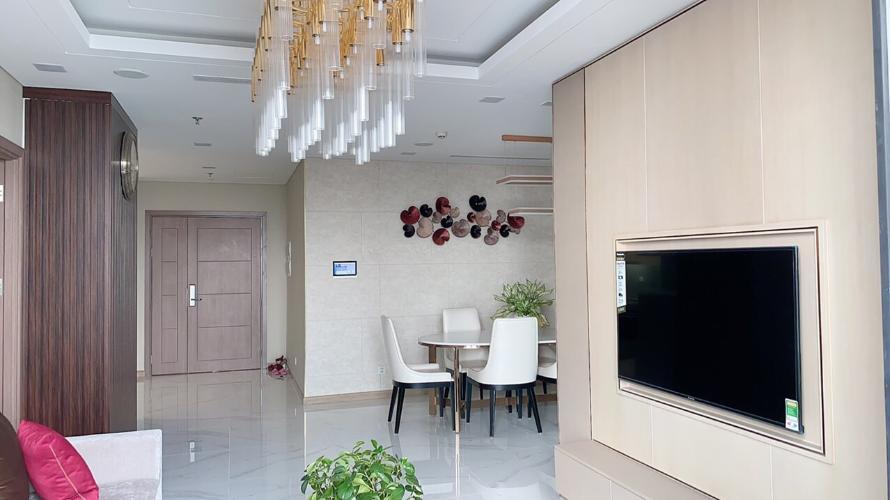 Bán căn hộ Vinhomes Central Park 4 phòng ngủ thuộc tầng thấp, tháp Landmark 81, diện tích 148m2 rộng rãi