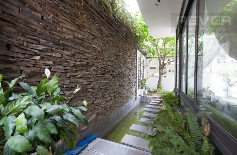 Hồ Cá Biệt thự 6 phòng ngủ Đường Số 6B Quận Bình Tân