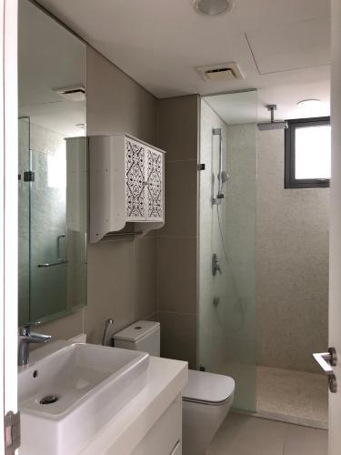 Toilet Gateway Thảo Điền Quận 2 Căn hộ Gateway Thảo Điền nội thất tiện nghi, view Landmark 81.