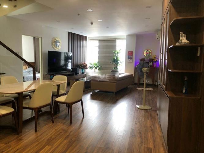 Phòng khách Him Lam Riverside Quận 7 Penthouse Him Lam Riverside nội thất cao cấp, view thành phố.