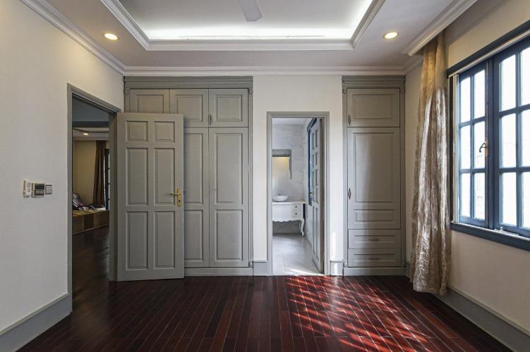 Phòng biệt thự Phú Mỹ, Quận 7 Biệt thự thiết kế phong cách Tân cổ điển, đầy đủ nội thất sang trọng.