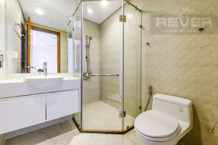 Phòng Tắm Officetel Vinhomes Central Park 1 phòng ngủ tầng cao C2 hướng Đông Bắc