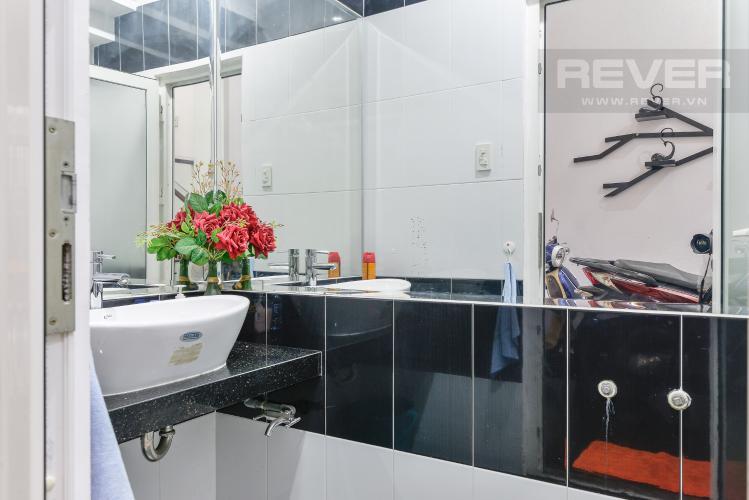 Phòng Tắm Nhà phố 1 trệt, 3 lầu, 4 phòng ngủ có sân thượng hẻm đường Nguyễn Thiện Thuật