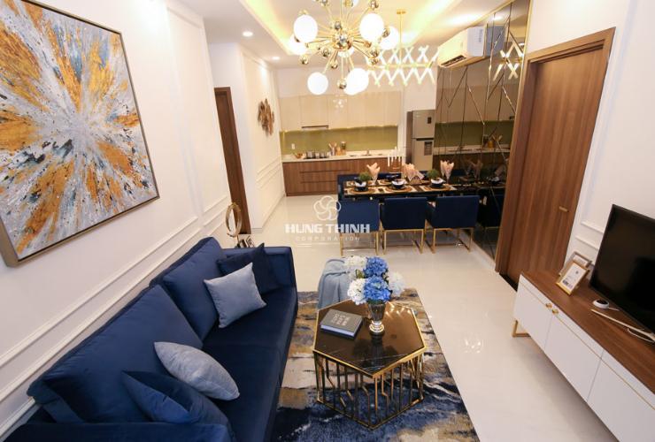 Phòng khách nhà mẫu dự án Q7 Saigon Riverside Bán căn hộ Q7 Saigon Riverside, view sông Sài Gòn, 1 phòng ngủ, tầng trung, diện tích 53m2, chưa bàn giao.
