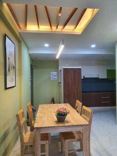 Bếp Căn hộ Saigon South Residence Căn hộ Saigon South Residence tầng trung, đầy đủ nội thất
