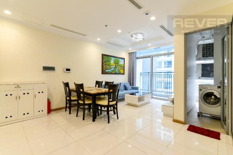 Cho thuê căn hộ Vinhomes Central Park 2PN, tháp Landmark 4, đầy đủ nội thất, hướng ban công Đông Bắc
