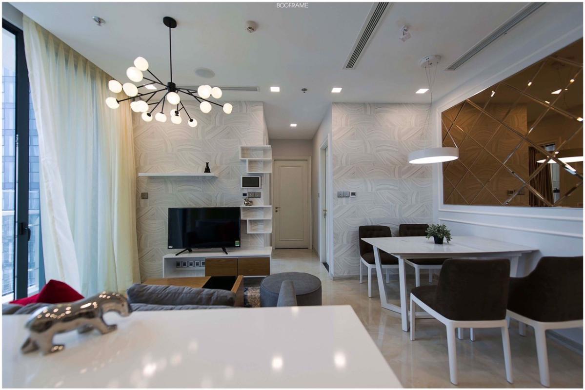 4 Cho thuê căn hộ Vinhomes Golden River 2PN, tầng cao, đầy đủ nội thất, view sông và Landmark 81