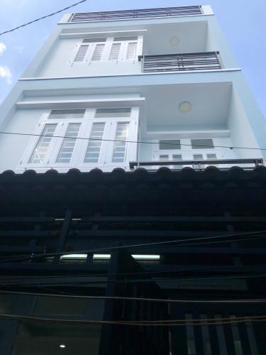 Chính diện nhà phố quận 4 Nhà hẻm Tôn Đản nội thất cơ bản, mất 5 phút di chuyển vào quận 1.