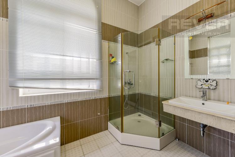 Phòng tắm 3 Nhà phố 10 phòng ngủ đường Lê Hữu Kiều Bình Trưng Tây Quận 2