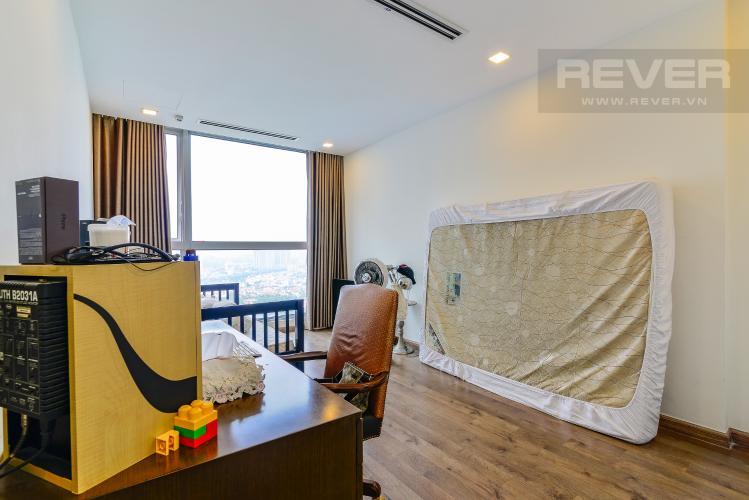 Phong Ngủ Căn hộ Vinhomes Central Park 4 phòng ngủ tầng cao P1 view sông