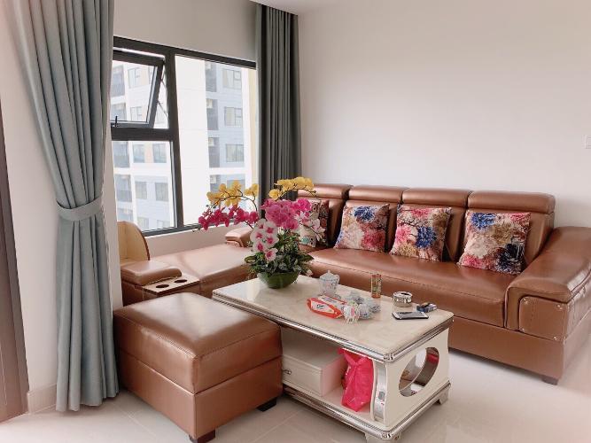 Căn hộ đầy đủ nội thất Vinhomes Grand Park đón view nội khu.