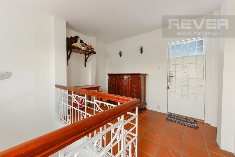 Tầng thượng Nhà phố 4 phòng ngủ đường Lý Thường Kiệt Quận 11 diện tích 168m2