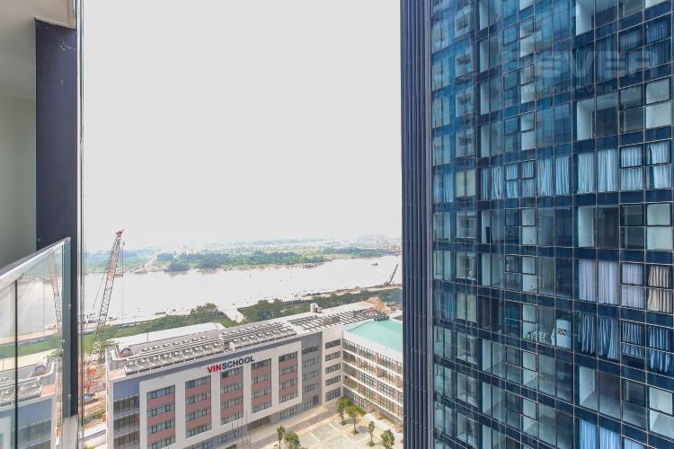 View Căn hộ Vinhomes Golden River tầng trung tòa Aqua 3 diện tích 57m2, đầy đủ nội thất
